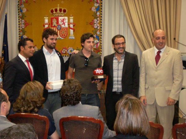 ganadores-premio-aje